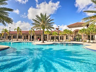 Family Davenport Home w/ Resort Perks & Pool!