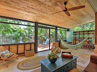 Tropical St Augustine Studio Near Town & Beach!