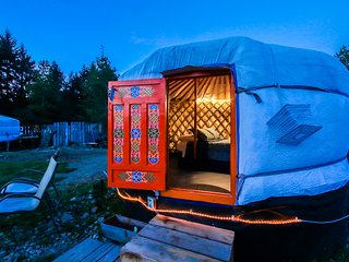 Unique Yurt in the Country