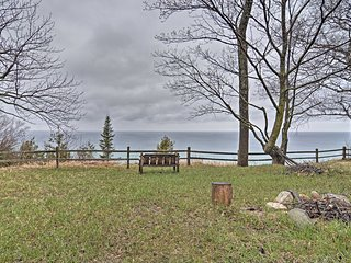 Northport Home w/ Deck + Panoramic Lake View!