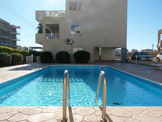 Excellent 2 bedroom tourist area
