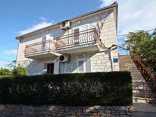 One bedroom apartment Supetar (Brač) (A-17227-a)