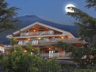 CR100dSicily - Etna Royal View - Monolocale