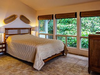 Cal King Tempepedic bed with gulch view.