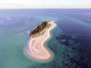 Tomia Tour & Camping De Island