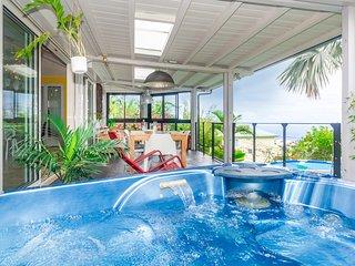 Villa Amandine - piscine, vue mer, jacuzzi
