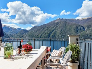 Luxurious family house Lake Como
