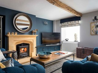 Lavender Cottage is a wonderful townhouse in the market town of Stow-on-the-Wold