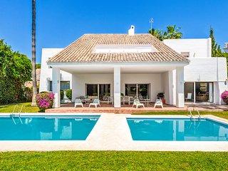 Four-Bedroom Villa - Villa Marina 12