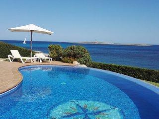 Camera LUNA -CASA MILOS B&B Minorca- villa sul mare con piscina