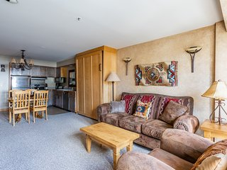 NEW LISTING! Ski-in/out condo w/mtn views and shared hot tub, pool & gym access
