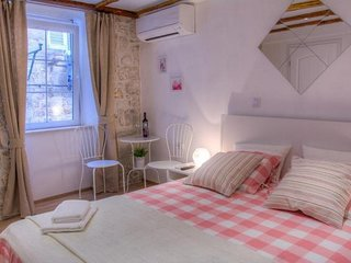 Guesthouse Two Friends Dubrovnik Palace- Double Room (First Floor)