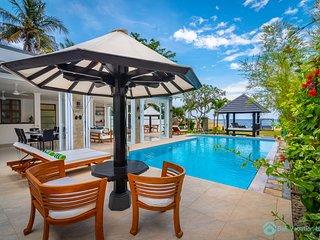 Villa Lovina Beach white brand new modern villa beachfront, 8 guest