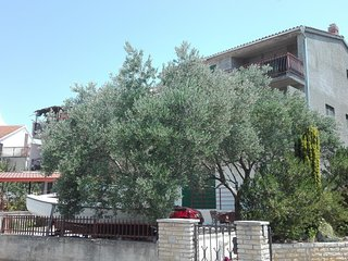 Two bedroom apartment Brodarica (Sibenik) (A-13371-a)
