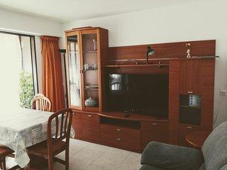 Apartamento 85m2 6-8 camas Benidorm 3 cuartos 4 aire/c 25m del mar Playa Levante