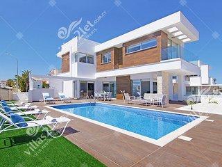 Cyprus Holiday Villa SERENITY Profile