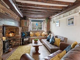 Thorn Cottage. 300 yr old cottage in South Devon near beaches and moors