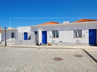 AB OB - 3 bedroom villa for 6 people in the village of Obidos