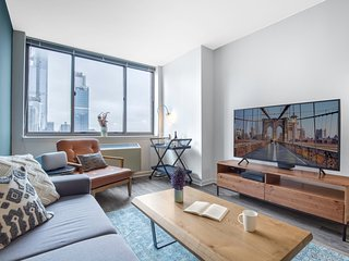 Comfy 1BR w/ Gym + Doorman near Times Square by Blueground