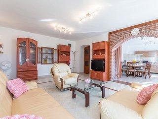 Apartment Katija - Three Bedroom Apartment