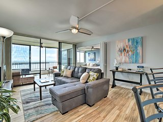 Oceanfront Maui Condo w/Lanai, Pool & Grill