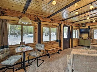 Cabin Near to Lakes, ATVing, Skiing & Nat'l Forest