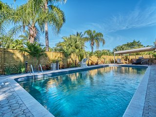 Heated Pool Home!  Walk to Restaurants and 1.5 miles to Beach!