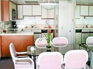 Oceanfront Beach 1 bedroom Condo, Surfside Inn, for Rent, July 28-August 4, 2019