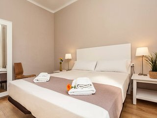 Sagrada Familia Comfort Apartment D