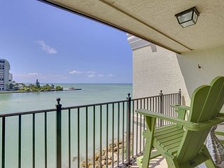 Land's End #403 building 5 - Totally Remodeled! / AWESOME GULF VIEWS!!