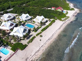 Luxury Home near Rum Point w/ Beachfront Pool, Spectacular Views, # 2 Peach