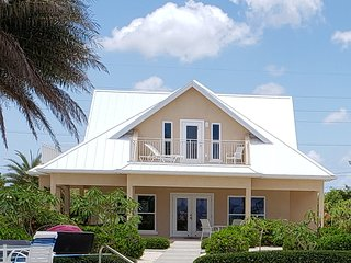 Luxury Home near Rum Point w/ Beachfront Pool, Spectacular Views, # 1 Cream