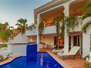 Walk to the Marina from this Impeccably Maintained Home - Villa Colorado