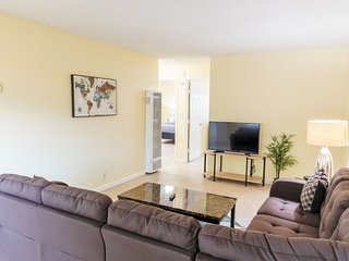 ★ Bright 2-Bedroom 15 mins from San Jose Aiport ★