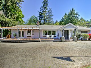 Beautiful Water-View Puget Sound Home on 1.7 Acres