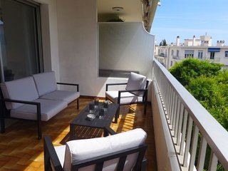 1 bedroom Apartment with Air Con, WiFi and Walk to Beach & Shops - 5793591