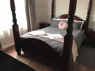 Campbell Cottage Albany - Pet Friendly