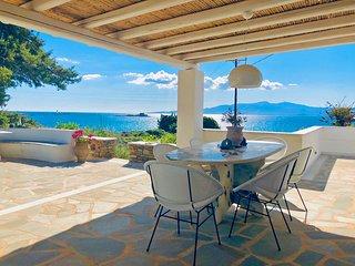 Bougain-Villa, Orkos Naxos