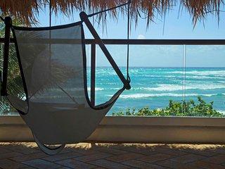 OCEANFRONT Villa with Patio! Nesting Turtles, FREE Kayak + Snorkel Equipment