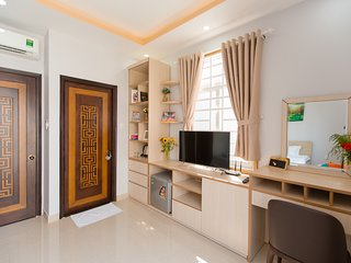 CDB Home 01 - Home In Central (Whole Property)