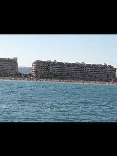 Primera linea de playa. Vista desde el mar