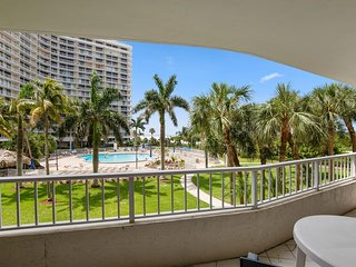 NICE Beachfront Condo with great pool and beach views !
