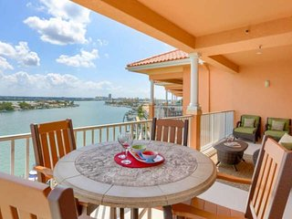 Marina View Penthouse with Boat Slip, Free Wi-Fi & Cable, DVD, W/D, Pool - 801 H