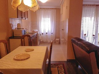Nice apartment in Pula w/ WiFi and 2 Bedrooms
