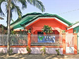 SYKE's Barkada Room (Aircon | Private Bathroom) | Santa Fe - Cebu | Bantayan