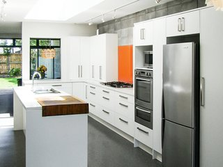 FABULOUS IN FITZROY - LOCATION AND JOYFUL LUXURY