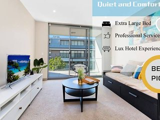Spacious and Serene Apt in the Leafy Suburb