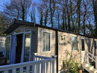 Holiday caravan in 5 star Shorefield country park, 10 min walk from the beach.