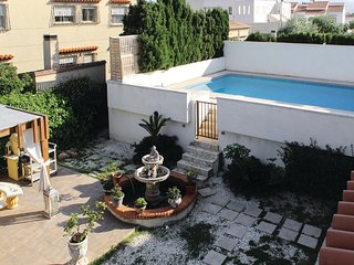 Beautiful home in Oliva w/ Outdoor swimming pool, Outdoor swimming pool and 7 Be