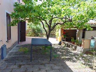 Santa Maria Navarrese piano terra con giardino
